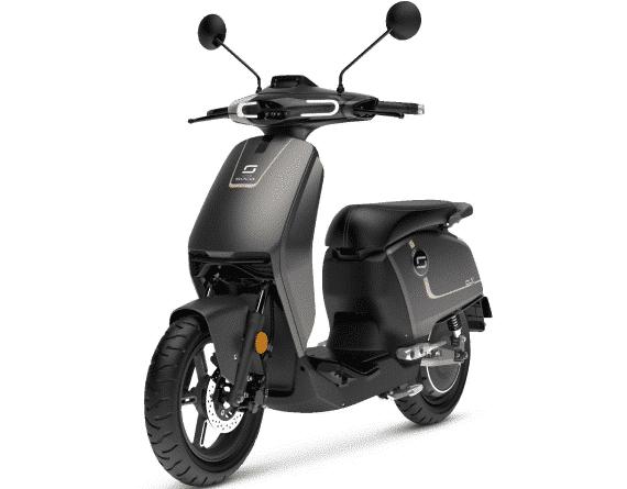 Le Super Soco CUx: Le scooter électrique équivalent 50 cc.